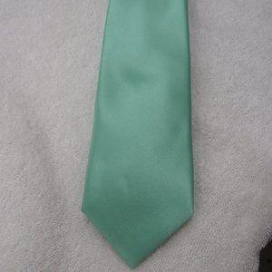 Geoffrey Beene Light Aqua Green Tie Necktie